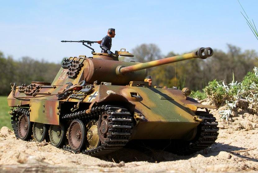 Модель Тамия легендарного танка  Пантера Pz. kpfw. V