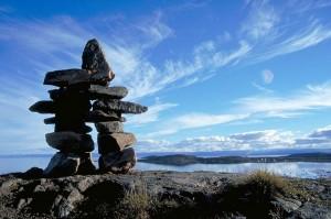 Инуксук — каменная фигура в культуре инуитов — означает «замещающий человека»
